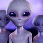 ¿En qué se asemejan los bloggers de los extraterrestres?
